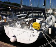 Sailing boat Hanse 445 for charter in ACI Dubrovnik Marina