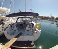 Sailing yacht Hanse 445 for hire in Jezera