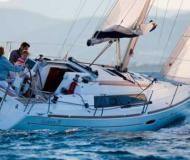 Segelboot Oceanis 31 Yachtcharter in La Rochelle