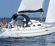 Sail boat Oceanis 323 available for charter in Alghero