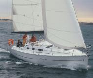 Yacht Oceanis 323 chartern in Marina di Sant Elmo