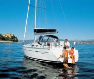 Yacht Oceanis 34.3 Yachtcharter in Marti Marina