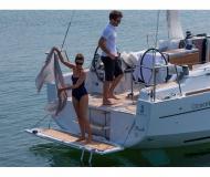 Yacht Oceanis 35 chartern in Pomer