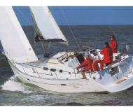 Sailing boat Oceanis 37 for hire in Marti Marina