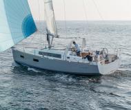 Segelboot Oceanis 38 chartern in Port de Pollenca town