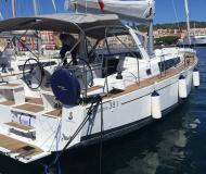 Sailing yacht Oceanis 38 available for charter in Carloforte