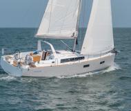 Segelyacht Oceanis 381 Yachtcharter in Port Olimpic Marina