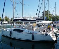 Sailing yacht Oceanis 40 available for charter in Kos Marina