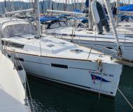 Sailing yacht Oceanis 41 available for charter in Ece Saray Marina