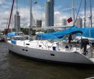 Sailing boat Oceanis 411 available for charter in Cartagena