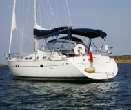 Yacht Oceanis 423 available for charter in ACI Marina Split
