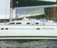 Sailing yacht Oceanis 423 for rent in Finikas