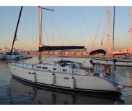 Yacht Oceanis 423 chartern in Marina Joyeria Relojeria