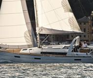 Sail boat Oceanis 45 for hire in Tourlos