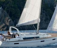 Yacht Oceanis 45 available for charter in Las Palmas de Gran Canaria
