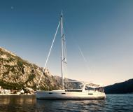 Yacht Oceanis 45 for hire in Marina Kotor