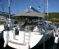 Sailing yacht Oceanis 50 Family for rent in Portisco