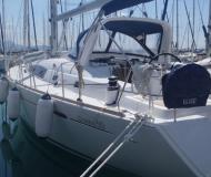 Yacht Oceanis 50 Family for rent in Seget
