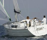 Yacht Sun Odyssey 32 available for charter in Marina di Sant Elmo