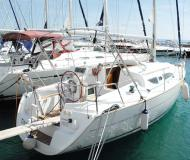 Segelyacht Sun Odyssey 32 chartern in Marina Baska Voda