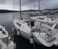 Yacht Sun Odyssey 32i chartern in YC Marina