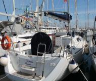 Segelyacht Sun Odyssey 33i chartern in Yachthafen Trapani