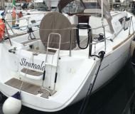 Yacht Sun Odyssey 33i for rent in San Vincenzo