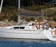 Segelyacht Sun Odyssey 33i chartern in Hyeres