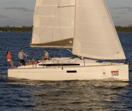 Segelyacht Sun Odyssey 349 chartern in Castiglione della Pescaia