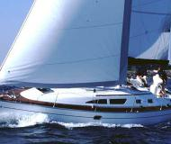 Yacht Bavaria 37 available for charter in Marina Formentera