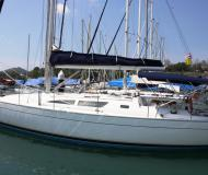 Sailing yacht Sun Odyssey 40 for rent in Yacht Haven Marina Phuket