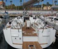 Yacht Sun Odyssey 409 - Sailboat Charter Port de Pollenca town