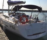 Segelboot Sun Odyssey 409 Yachtcharter in Marina di Portorosa