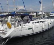 Sun Odyssey 42i Segelboot Charter Neapel