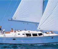 Yacht Sun Odyssey 43 chartern in Tourlos Marina