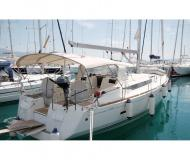 Yacht Sun Odyssey 439 for charter in Bar