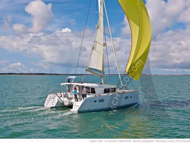 Lagoon 400 for charter in Greece - Catamaran Rental Greece