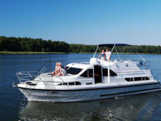 Europa 400 House Boat Charters Poland