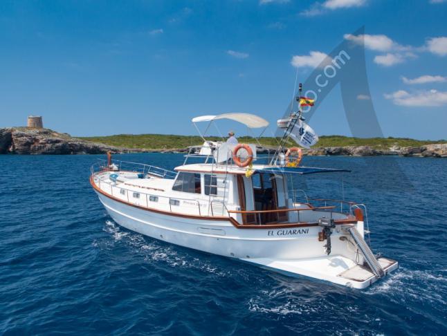 Menorquin 150 Motoryacht Charter Mahon