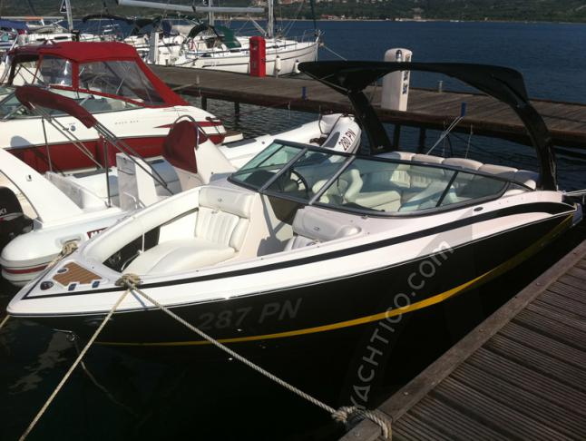 Regal 2300 Motorboot Charter Kroatien