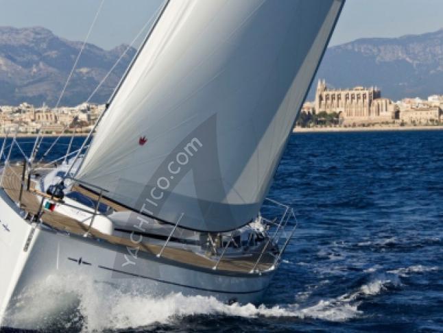 Bavaria 38 Cruiser Segelyacht Charter Alghero