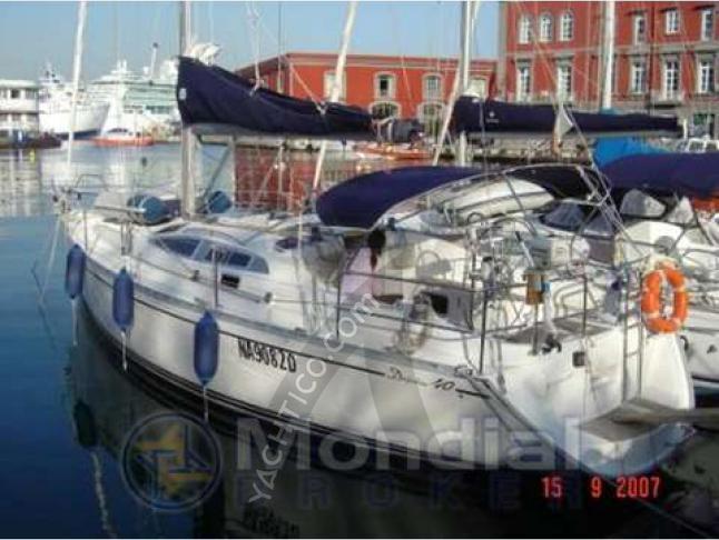 Delphia 40 Segelboot Charter Neapel