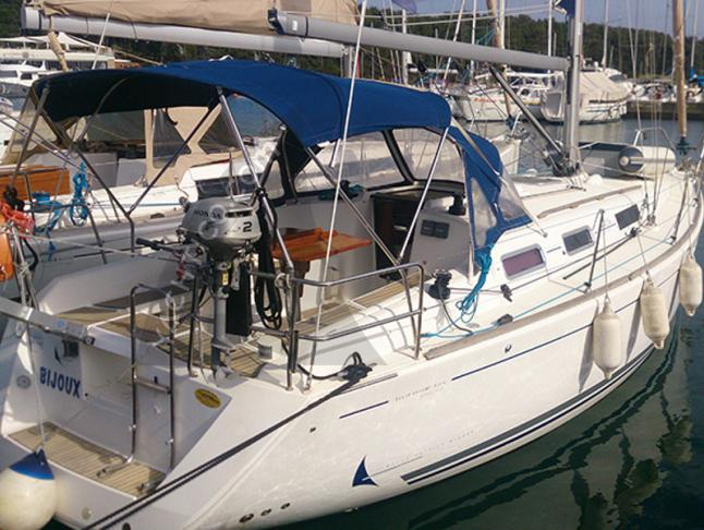 Yacht Dufour 325 Grand Large Yachtcharter in Marina Veruda