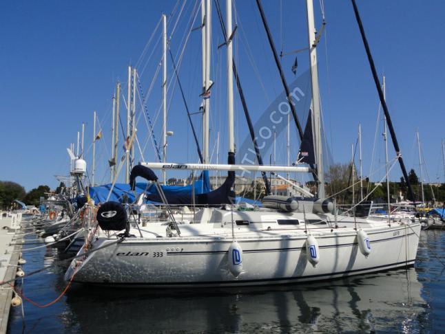 Elan 333 Segelyacht Charter Split