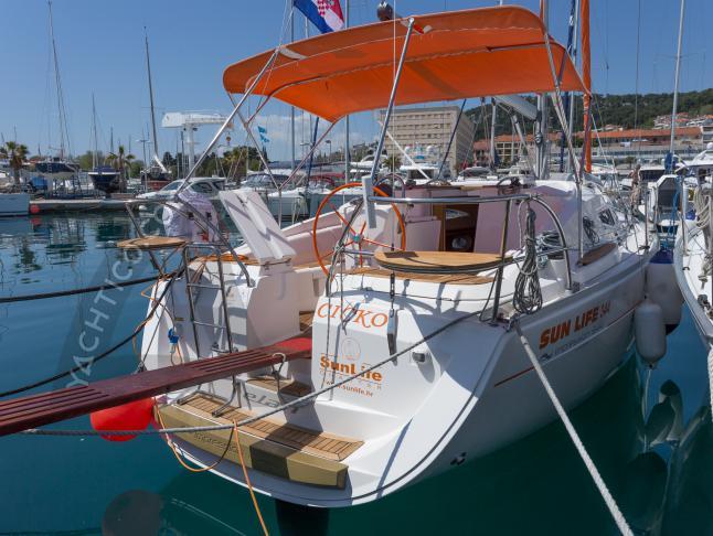 Yacht Elan 344 Impression - Sailboat Charter Dubrovnik