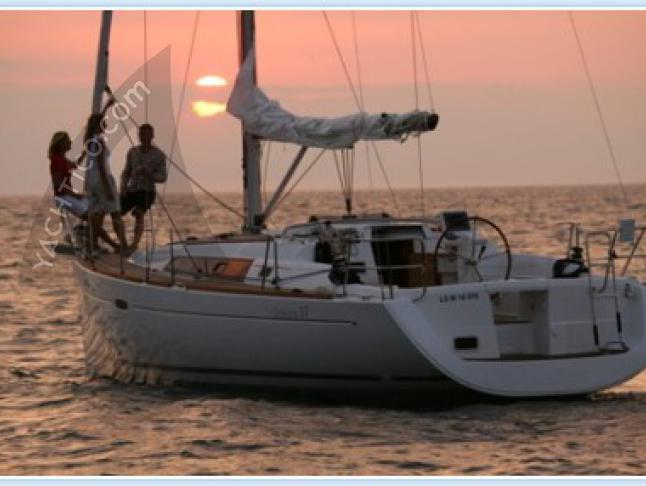Oceanis 37 Segelyacht Charter Sibenik