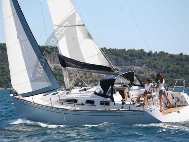 Salona 37 Segelyacht Charter Amalfi