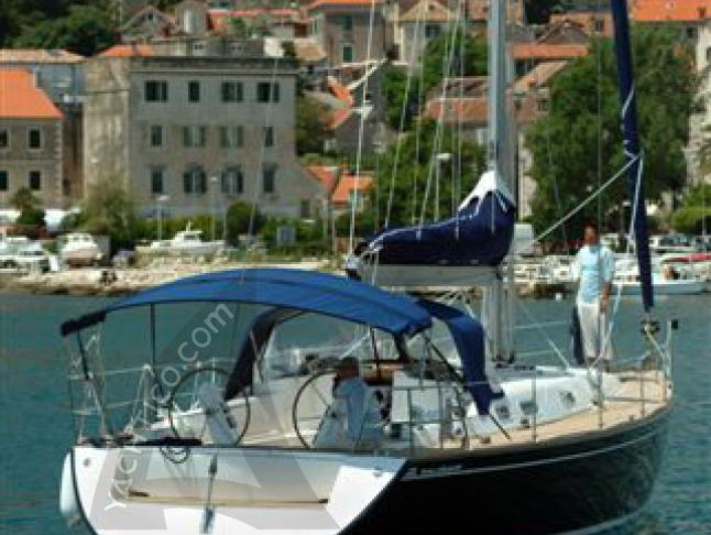 Salona 45 Performance Segelyacht Charter Split