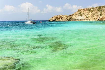 Yachtcharter Ibiza - Lassen Sie die Seele baumeln